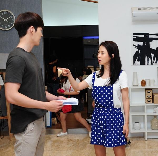 Kim Woo Bin cực điển trai trong buổi quay đầu tiên ở Việt Nam 6