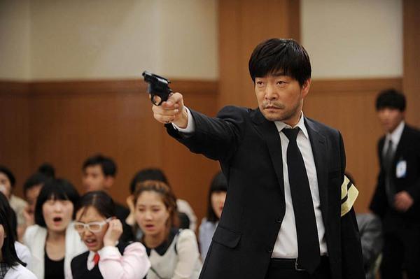 12 phim thắng Baeksang và thập kỷ vàng son của truyền hình Hàn: Mở màn oanh liệt với Hyun Bin nhưng kết thúc đầy tranh cãi - Ảnh 3.