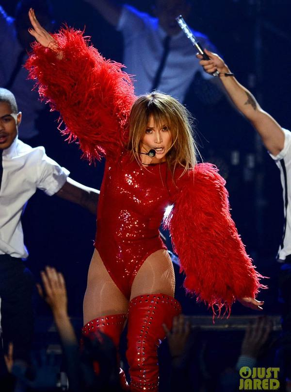 Taylor Swift xinh đẹp đại thắng giải Billboard 2013 14