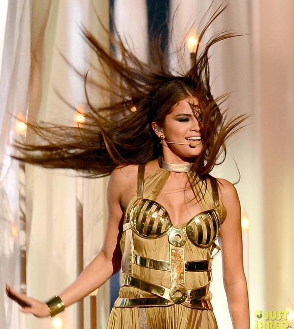 Taylor Swift xinh đẹp đại thắng giải Billboard 2013 11
