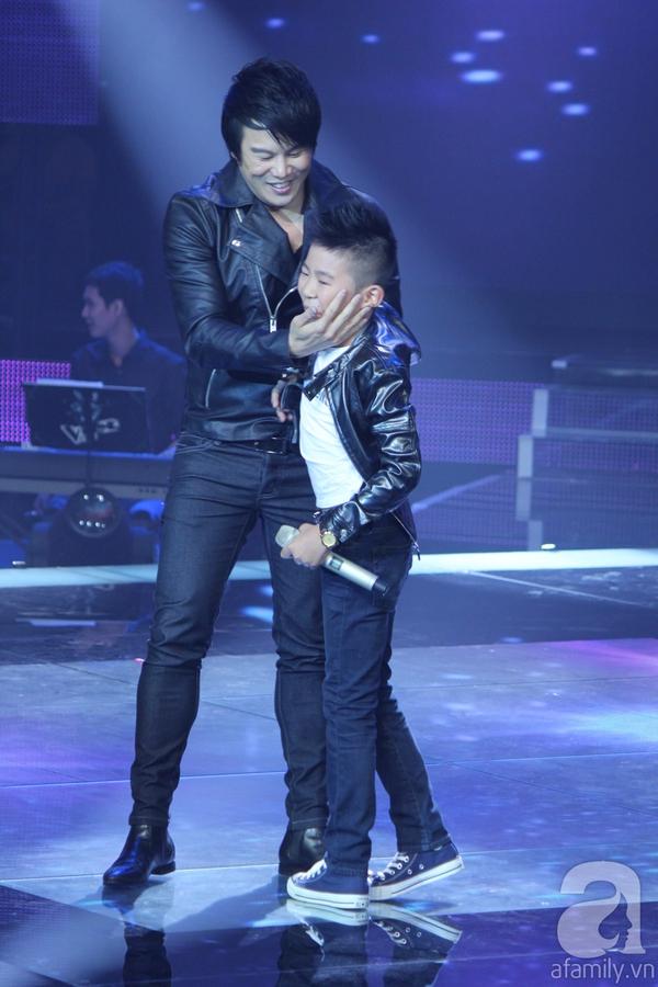 Nguyễn Quang Anh đăng quang Quán quân The Voice Kids 2013 12