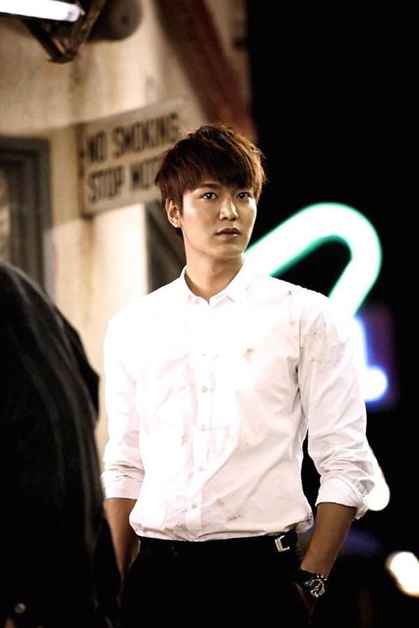 """""""Anh em"""" Lee Min Ho thân thiết trên phim trường """"The Heirs"""" 8"""