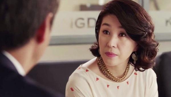 """Kim Mi Kyung """"The Heirs"""": Vinh quang bình dị của """"bà mẹ xứ Hàn"""" 7"""