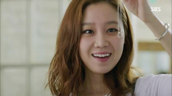 Dây chuyền - biểu tượng tình yêu của phim Hàn 3