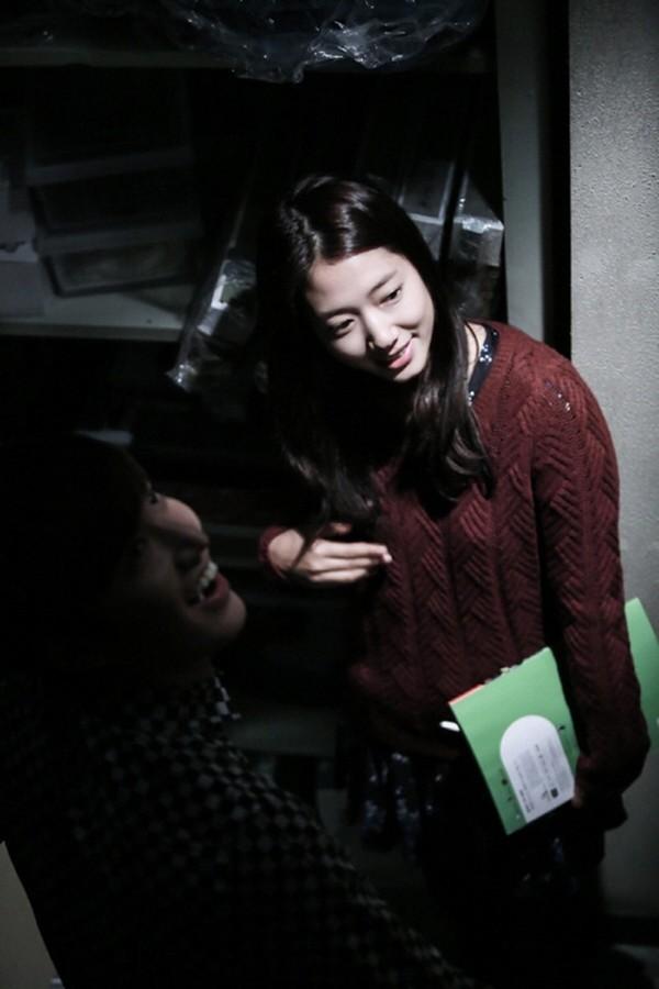 """""""Anh em"""" Lee Min Ho thân thiết trên phim trường """"The Heirs"""" 14"""