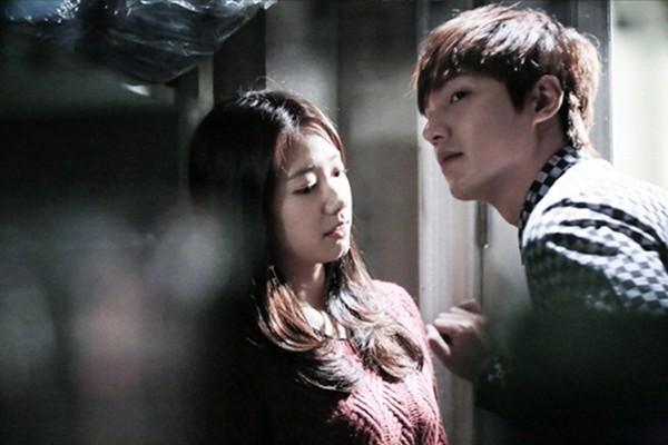 """""""Anh em"""" Lee Min Ho thân thiết trên phim trường """"The Heirs"""" 13"""