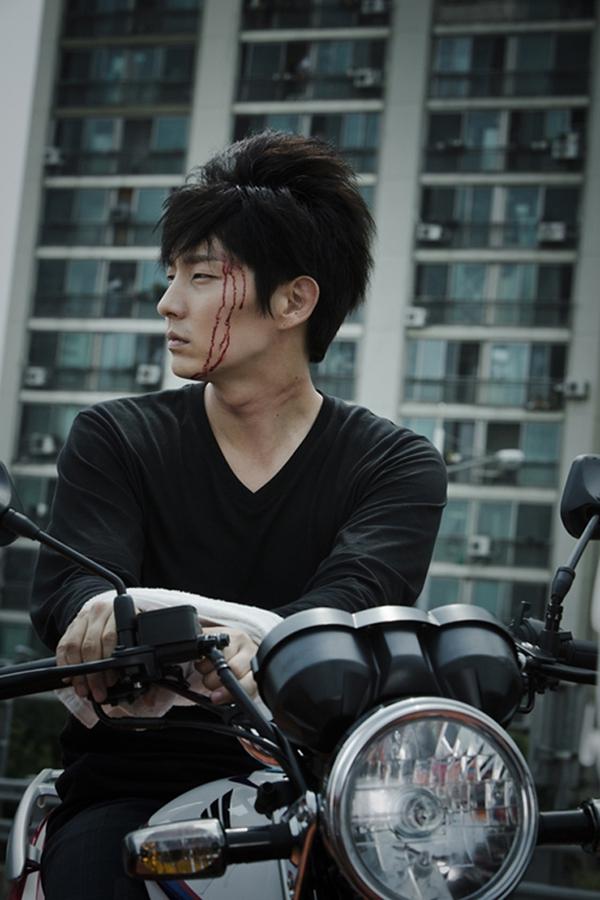Những diễn viên Hàn không cần người đóng thế 3