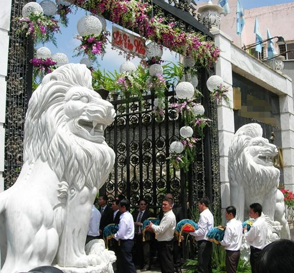 Ngắm những dinh thự hoành tráng của đại gia Việt 27
