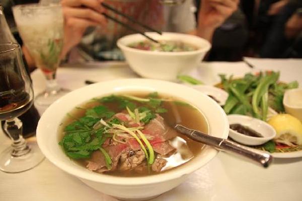 Top 5 nhà hàng châu Á bình dân ngon nhất ở Pháp 4