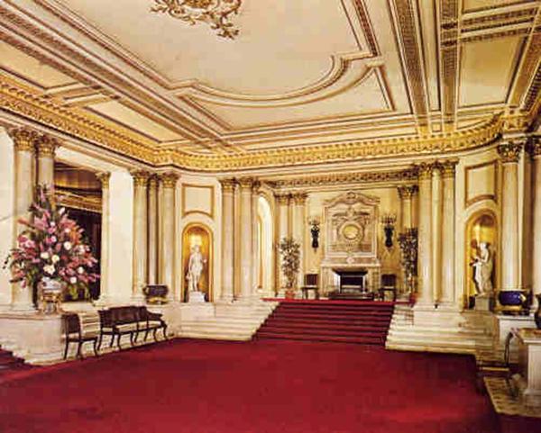 Ngắm cung điện xa hoa của Hoàng tử nhí nước Anh 4