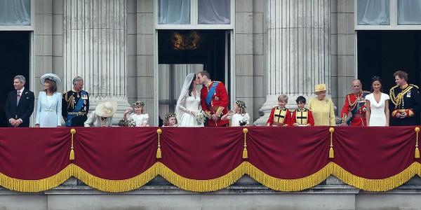 Ngắm cung điện xa hoa của Hoàng tử nhí nước Anh 3