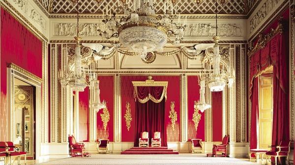 Ngắm cung điện xa hoa của Hoàng tử nhí nước Anh 6
