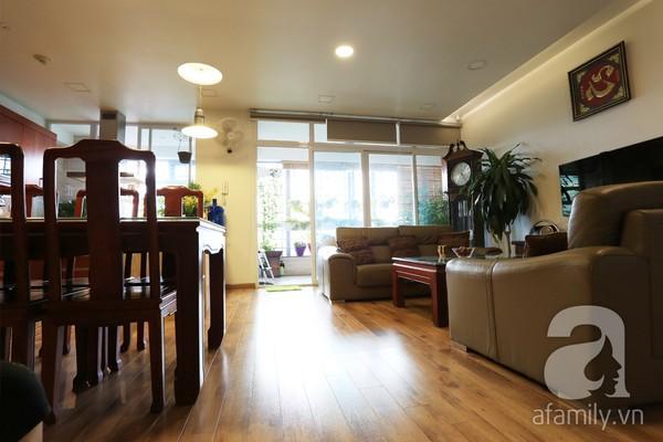 Đầy cảm hứng với căn hộ tràn sắc xanh tại Hoàng Hoa Thám 5