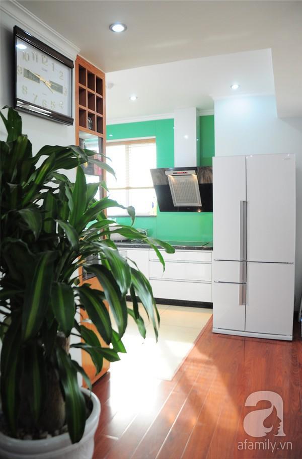 Thăm căn hộ có không gian bếp hoàn hảo tại Dịch Vọng – Hà Nội 6
