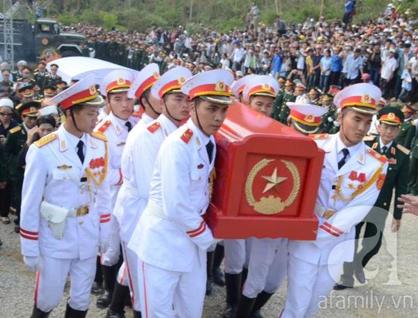 Đại tướng Võ Nguyên Giáp đã yên nghỉ trong lòng đất Mẹ 88
