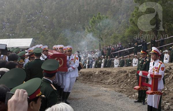 Đại tướng Võ Nguyên Giáp đã yên nghỉ trong lòng đất Mẹ 92
