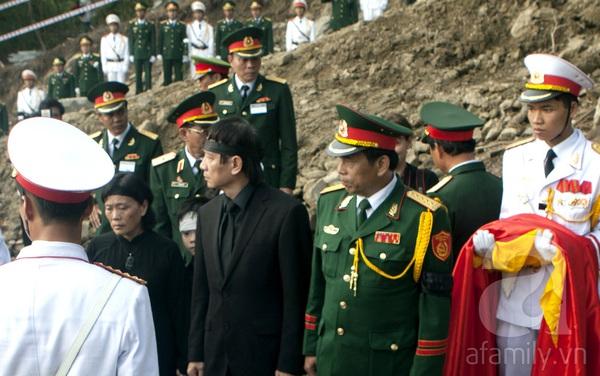 Đại tướng Võ Nguyên Giáp đã yên nghỉ trong lòng đất Mẹ 102