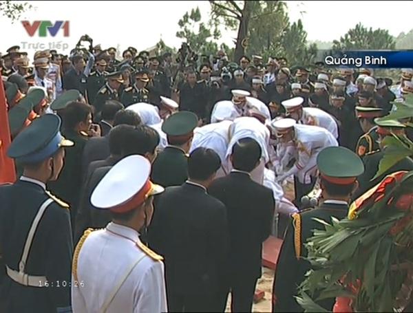 Đại tướng Võ Nguyên Giáp đã yên nghỉ trong lòng đất Mẹ 112