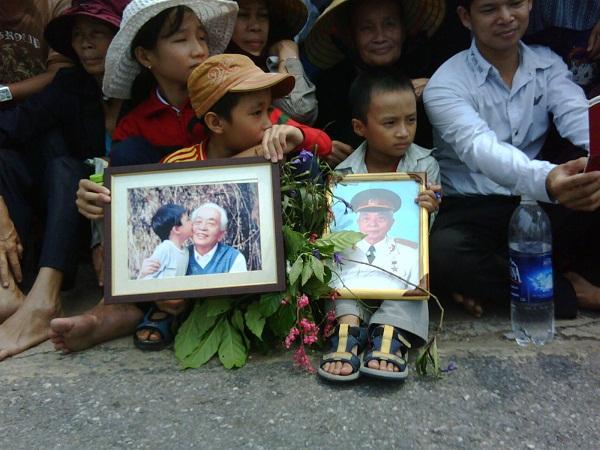 Đại tướng Võ Nguyên Giáp đã yên nghỉ trong lòng đất Mẹ 73