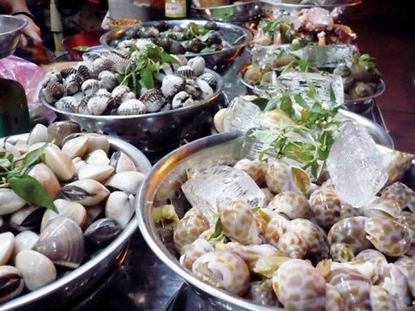 Những món ăn vỉa hè đặc trưng của Sài Gòn 3