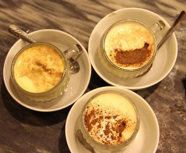 Cà phê trứng Hà Nội, uống một lần để nhớ mãi 6