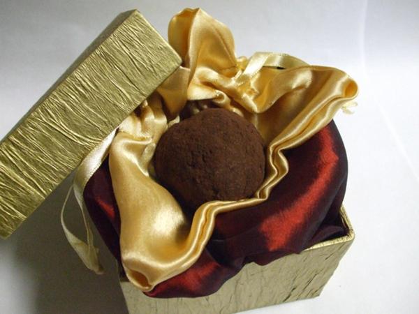 Chiêm ngưỡng 5 hộp chocolate đắt tiền nhất thế giới 1