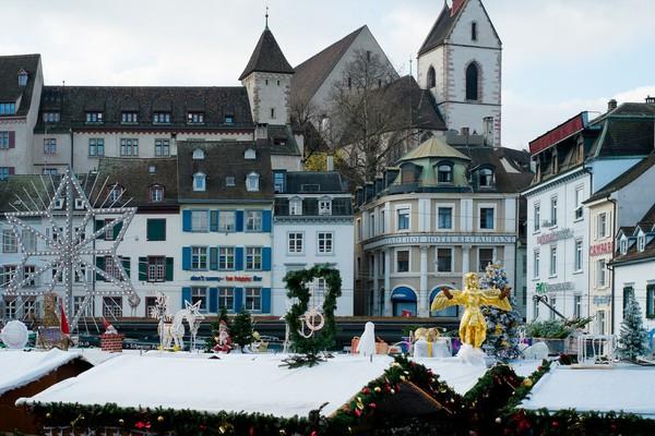 Những khu chợ Giáng sinh lung linh nhất thế giới 22