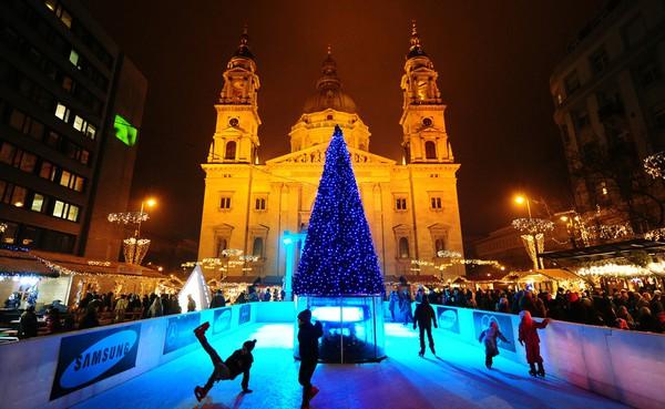Những khu chợ Giáng sinh lung linh nhất thế giới 8