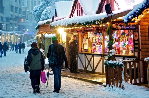 Những khu chợ Giáng sinh lung linh nhất thế giới 14