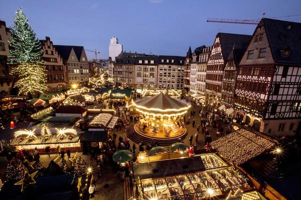 Những khu chợ Giáng sinh lung linh nhất thế giới 18