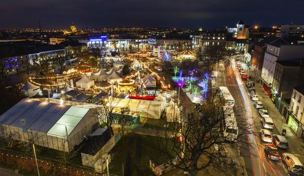 Những khu chợ Giáng sinh lung linh nhất thế giới 23