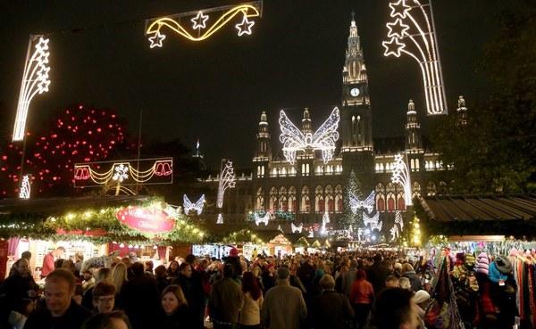 Những khu chợ Giáng sinh lung linh nhất thế giới 4