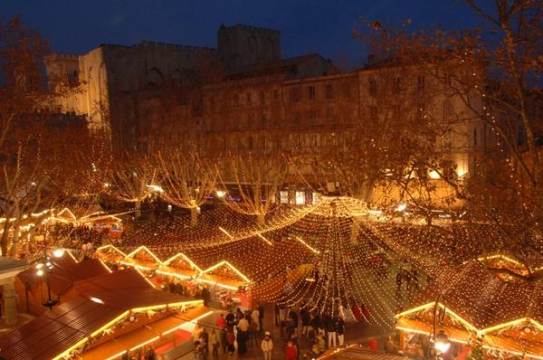 7 trải nghiệm tuyệt vời trong mùa Giáng sinh tại Paris 1