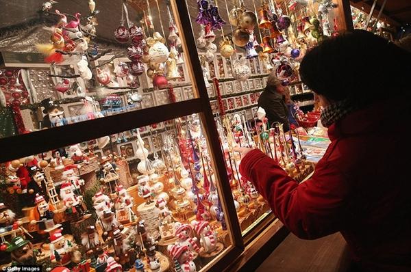 Sôi nổi các khu chợ Giáng sinh sớm ở Đức 11