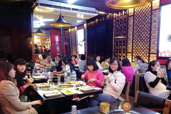 8 địa chỉ buffet ngon ở Hà Nội cho tiệc tất niên cuối năm 4