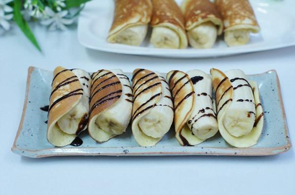 Bánh Pancake cuộn chuối cho bữa sáng ngon miệng 1