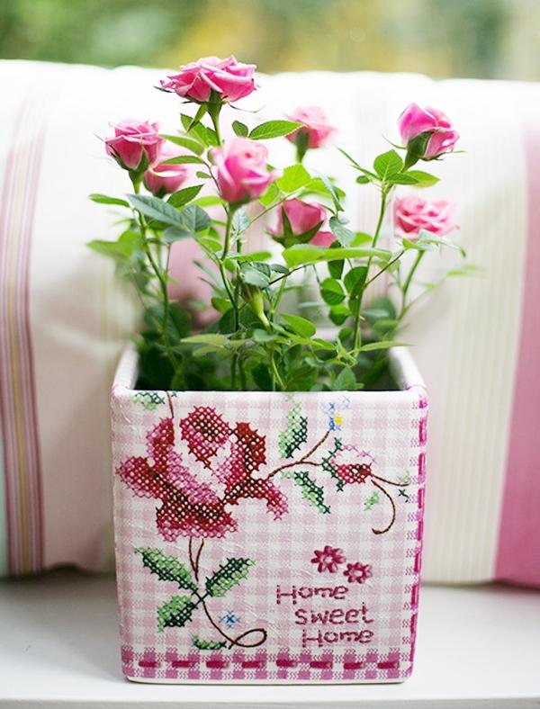 Làm mới chậu hoa siêu xinh trang trí nhà mình 1