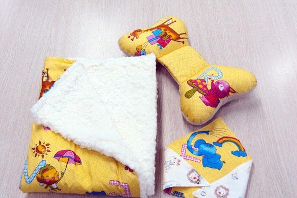 Tự may bộ chăn gối và khăn đáng yêu tặng bé 1