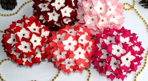 Tự chế quả cầu hoa xinh lung linh đón năm mới 13
