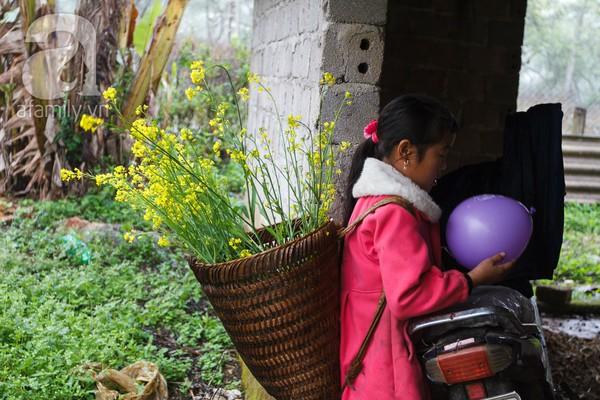 Phụ nữ, trẻ em trong khuôn hình thú vị mùa xuân Mộc Châu 1