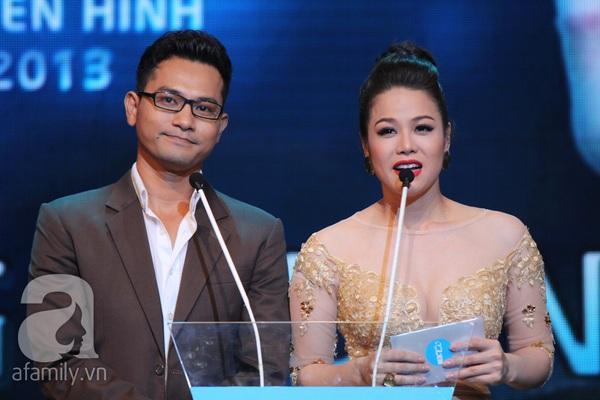 Hoài Linh đoạt cú đúp tại HTV Awards 2013 4
