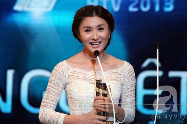 Hoài Linh đoạt cú đúp tại HTV Awards 2013 7