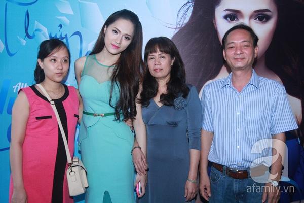 Hương Giang Idol nữ tính bên bố mẹ ruột 4