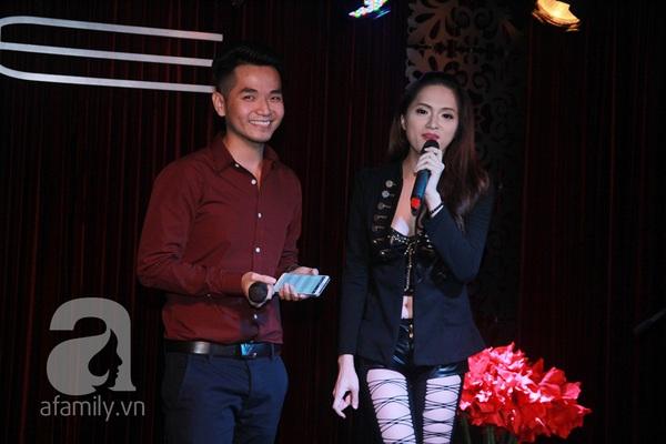 Hương Giang Idol nữ tính bên bố mẹ ruột 13