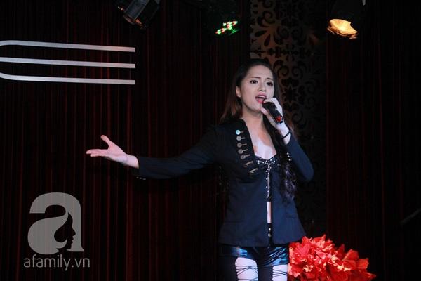 Hương Giang Idol nữ tính bên bố mẹ ruột 14