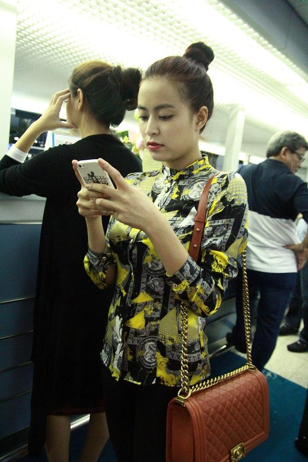 Hong Thy Linh Cng -2098