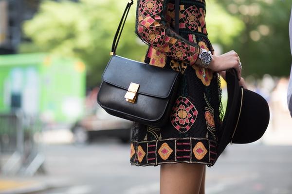 Chỉ dẫn từ A-Z giúp bạn giữ được túi xách bền lâu  1