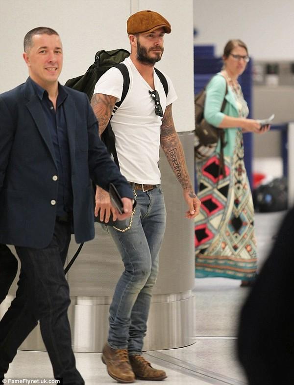 """Những bộ cánh thời trang """"đốn tim"""" phái đẹp của David Beckham  23"""