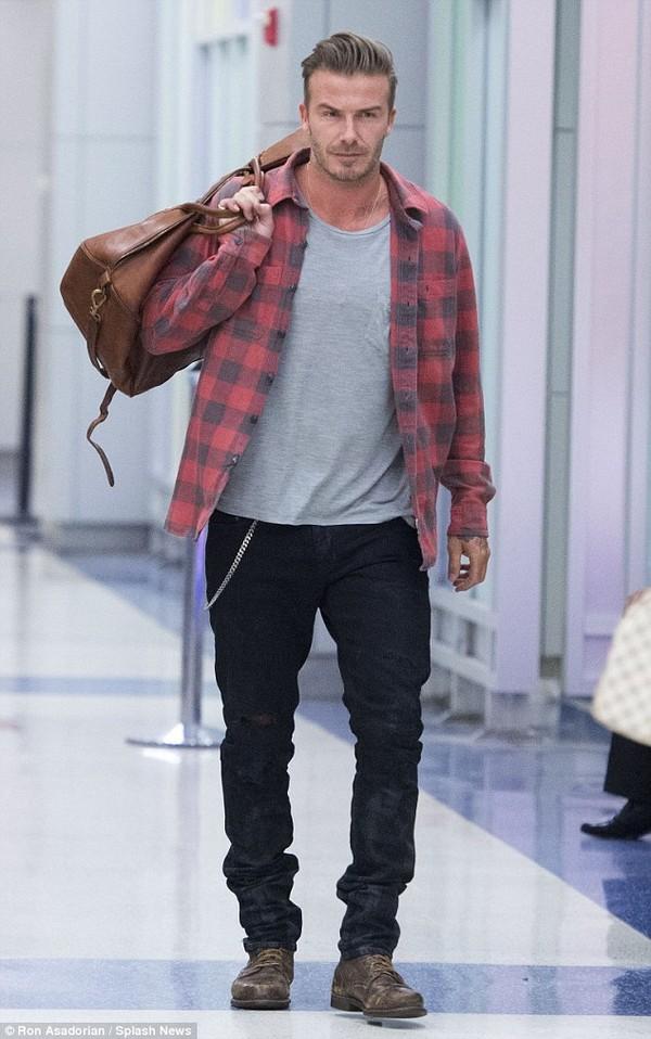 """Những bộ cánh thời trang """"đốn tim"""" phái đẹp của David Beckham  21"""