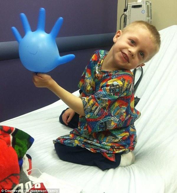 Ước mơ cảm động của cậu bé bị bệnh ung thư dạng hiếm gặp  2